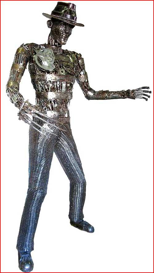 פסלים מחלקי חילוף משומשים