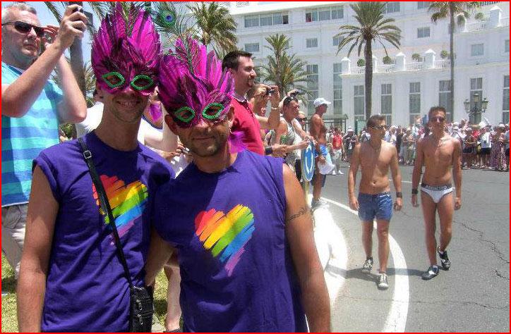 מצעד הגאווה מספלומאס (וידאו) +