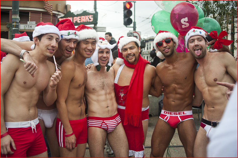 סנטה קלאוסים גאים