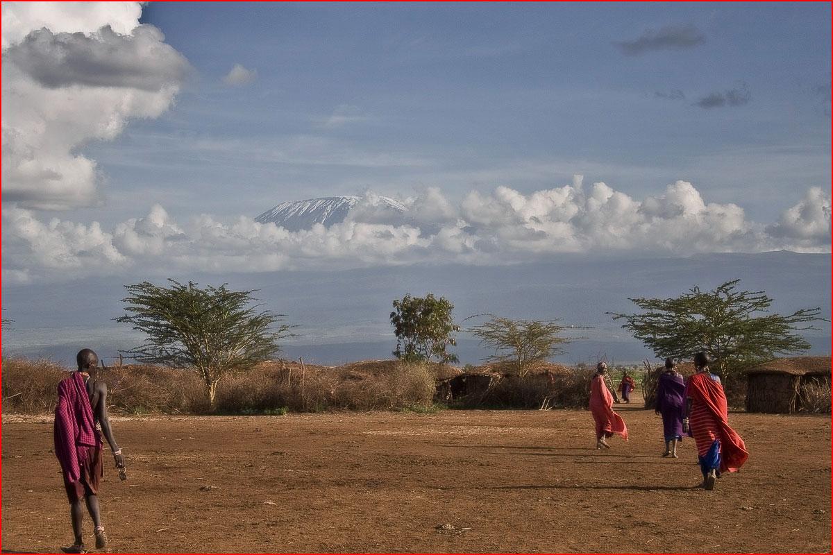 טיול בפארק אמבוסלי, קניה