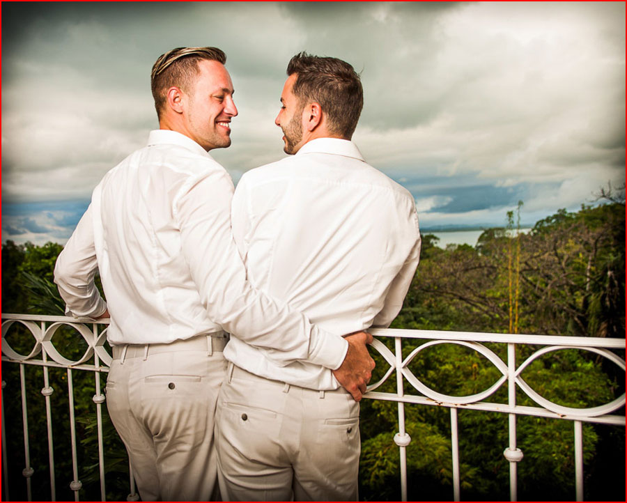 חתונת גייז בקוסטה ריקה