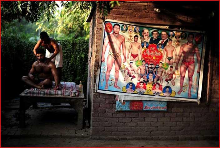 בודי בילדרים ומתאבקים בהודו