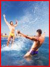 קיץ, ים, חתיכים ... (25 תמונות)
