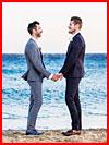 חתונה גאה באי מיקונוס, יוון (55 תמונות)